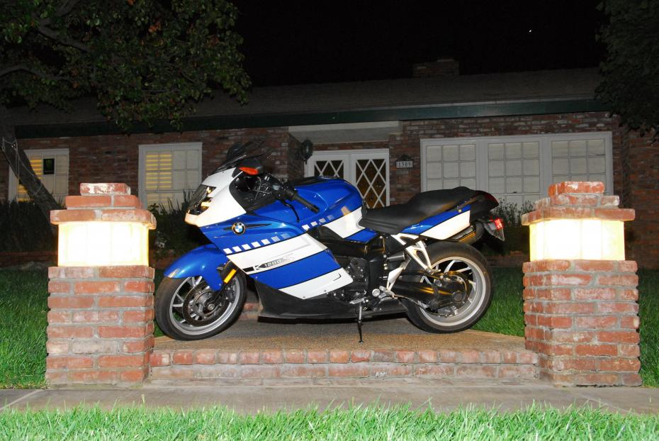 Torn between 2 bikes - ZX14R and BMW S1000RR - BMW S1000RR