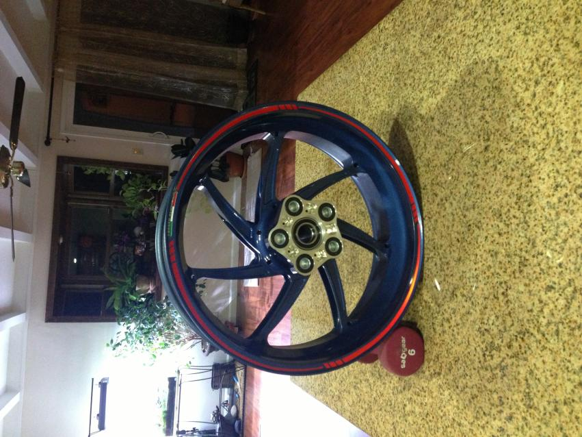 OEM HP4 Competition wheels?-wheel2.jpg